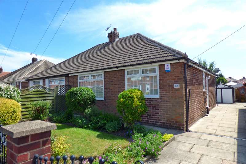 2 Bedrooms Semi Detached Bungalow for sale in Kirby Avenue, Chadderton, Oldham, OL9