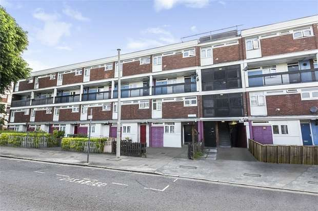 4 Bedrooms Flat for sale in Friary Road, London