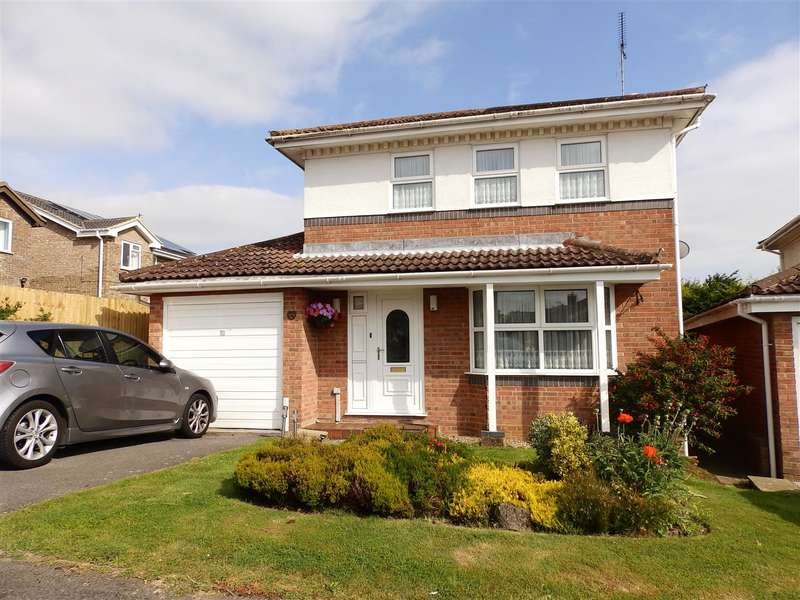 4 Bedrooms Detached House for sale in Oaklands, Pevensey