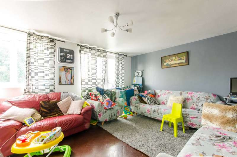 2 Bedrooms Flat for sale in Braemar Road, Tottenham, N15