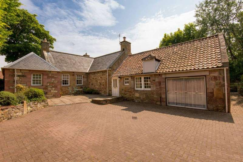 3 Bedrooms Detached House for sale in Glebe Cottage, Sandy Loan, Gullane, EH31 2BH