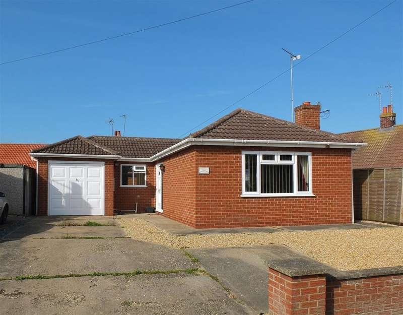 2 Bedrooms Detached Bungalow for sale in Lowgate, Gedney Dyke
