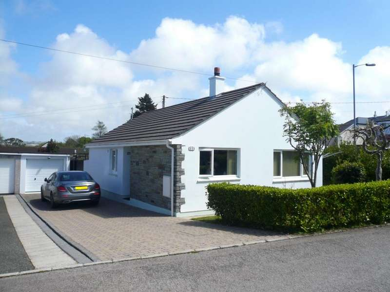 3 Bedrooms Bungalow for sale in Trevelthan Road, Illogan, TR16