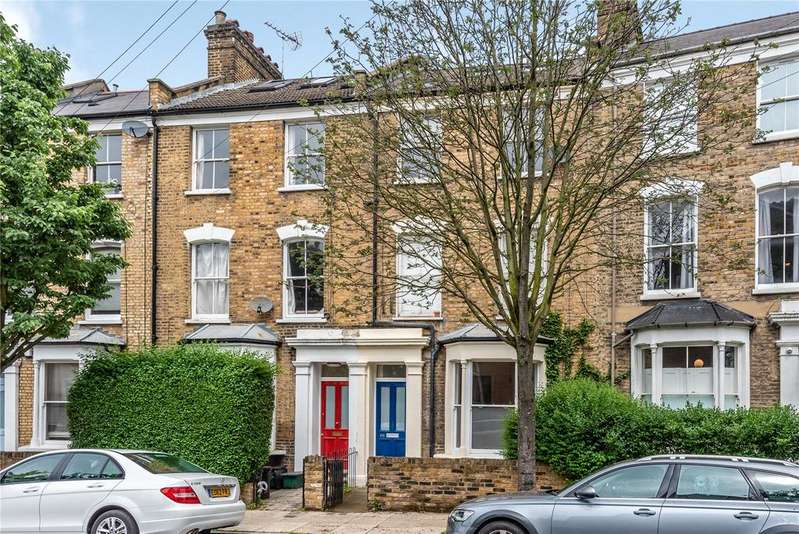 2 Bedrooms Flat for sale in Bryantwood Road, Islington, London, N7
