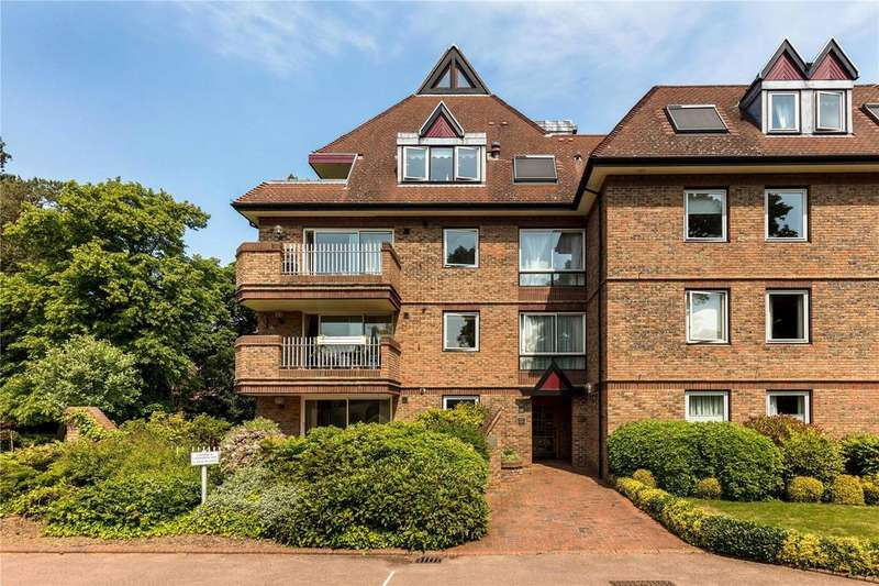 3 Bedrooms Flat for sale in The Oast House, Grange Road, Cambridge, CB3