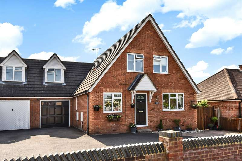 3 Bedrooms Link Detached House for sale in Branksome Hill Road, College Town, Sandhurst, Berkshire, GU47