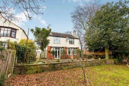 4 Bedrooms Detached House for sale in Claremont Road, Nottingham, Nottinghamshire