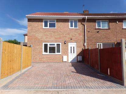 3 Bedrooms Terraced House for sale in Whitington Road, Fishponds, Bristol