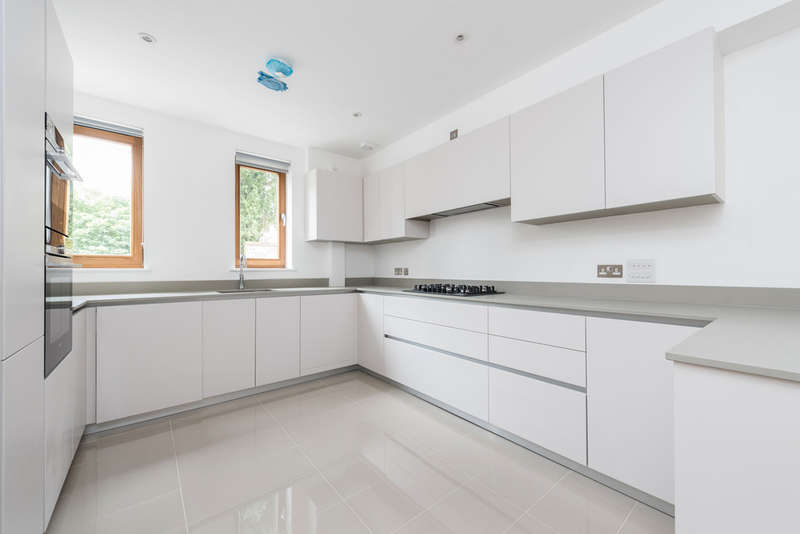 4 Bedrooms Town House for sale in Friendly Street, Deptford, SE8