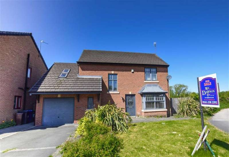 3 Bedrooms Detached House for sale in Chadwicks Close, Stalybridge