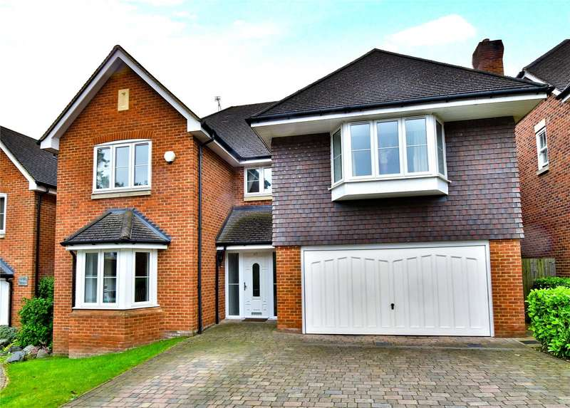 5 Bedrooms Detached House for sale in Jubilee Walk, Kings Langley, Hertfordshire, WD4