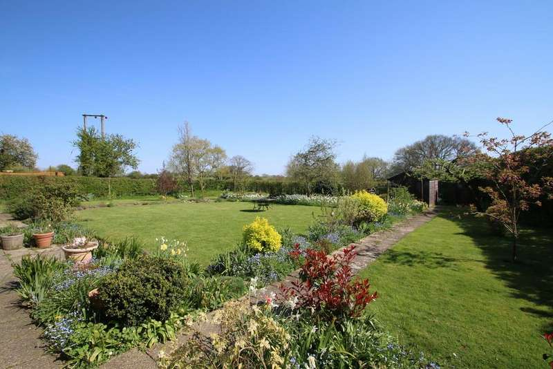 4 Bedrooms Detached Bungalow for sale in The Street , Wittersham