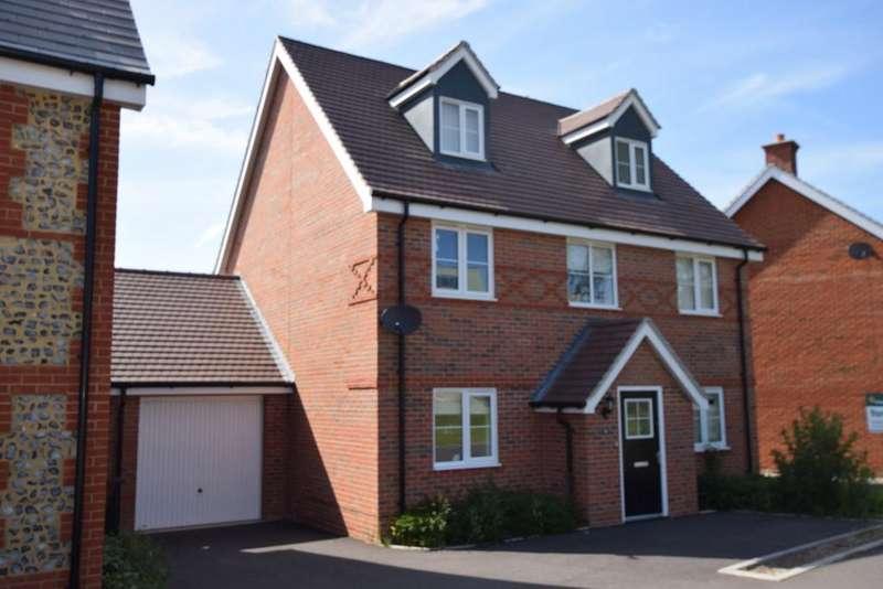 4 Bedrooms Detached House for sale in Church Crookham, Fleet, GU52