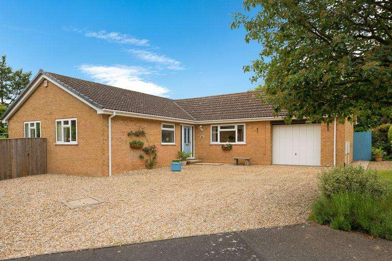 3 Bedrooms Detached Bungalow for sale in 51 Albion Crescent, Lincoln