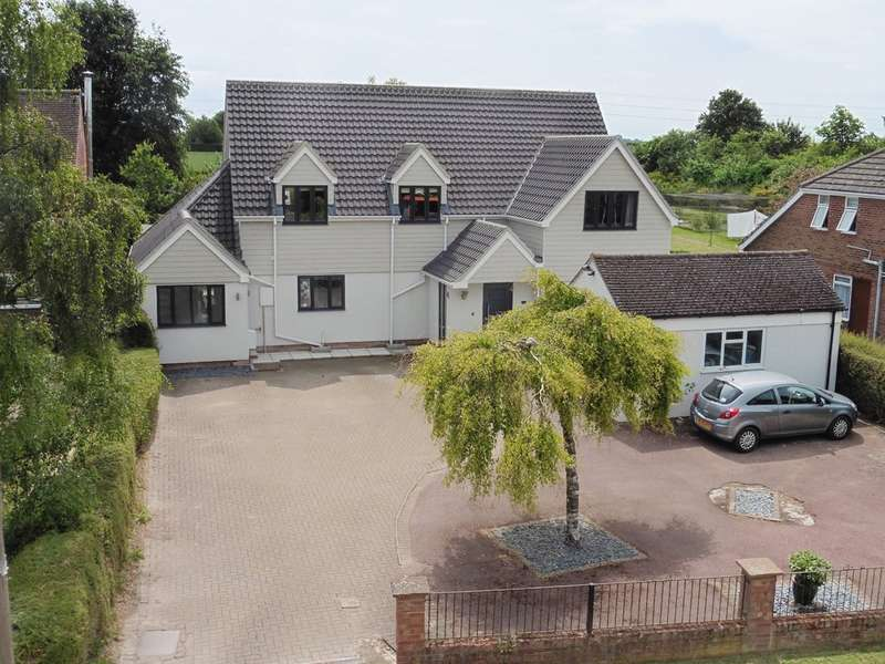 5 Bedrooms Detached House for sale in Swaffham Road, Burwell