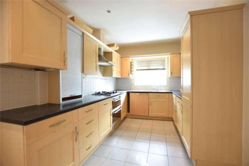 3 Bedrooms Property for sale in Ogden Park, The Parks RG12
