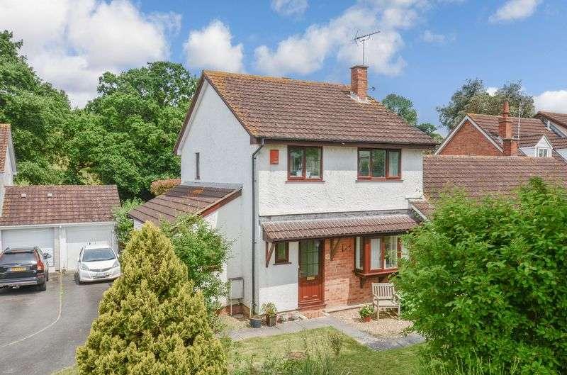 3 Bedrooms Property for sale in Dornafield Drive East Ipplepen, Newton Abbot