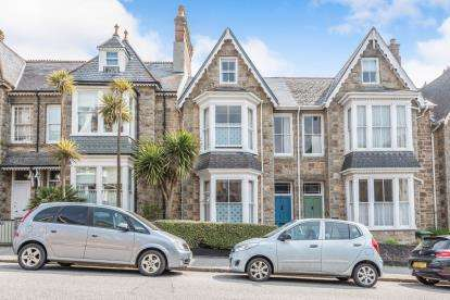 4 Bedrooms End Of Terrace House for sale in Penzance, Cornwall, Uk
