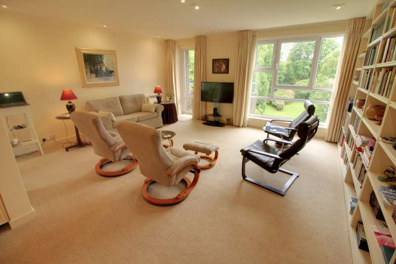 3 Bedrooms Flat for sale in The Regents Norfolk Road