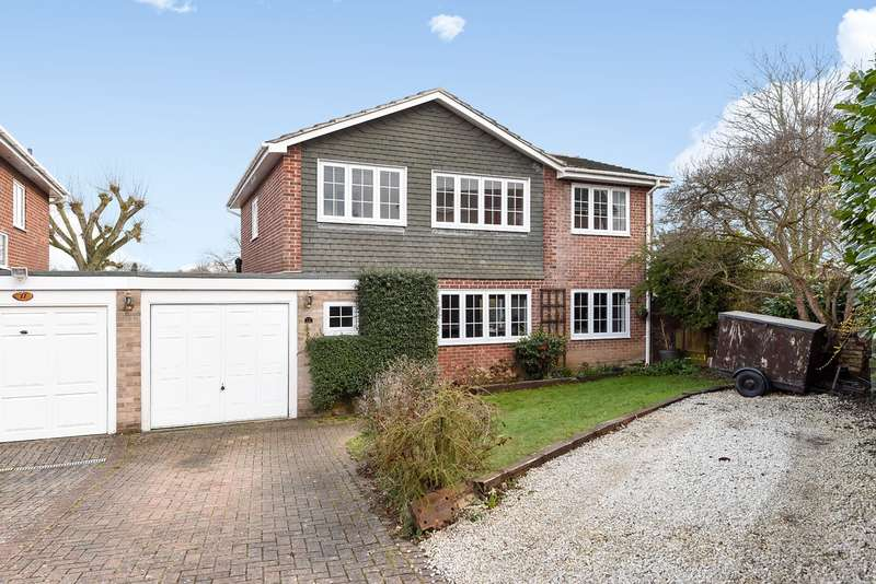 4 Bedrooms Link Detached House for sale in Dove Close, Kempshott, Basingstoke, RG22