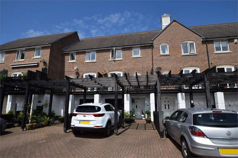 4 Bedrooms Town House for sale in Windward Quay, South Harbour, East Sussex