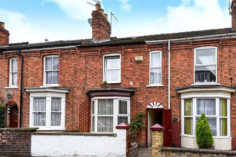 3 Bedrooms Terraced House for sale in St Catherines Grove, Lincoln, LN5
