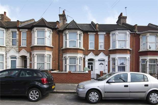 1 Bedroom Flat for sale in Belmont Park Road, Leyton, London