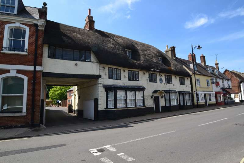 6 Bedrooms Land Commercial for sale in Sturminster Newton