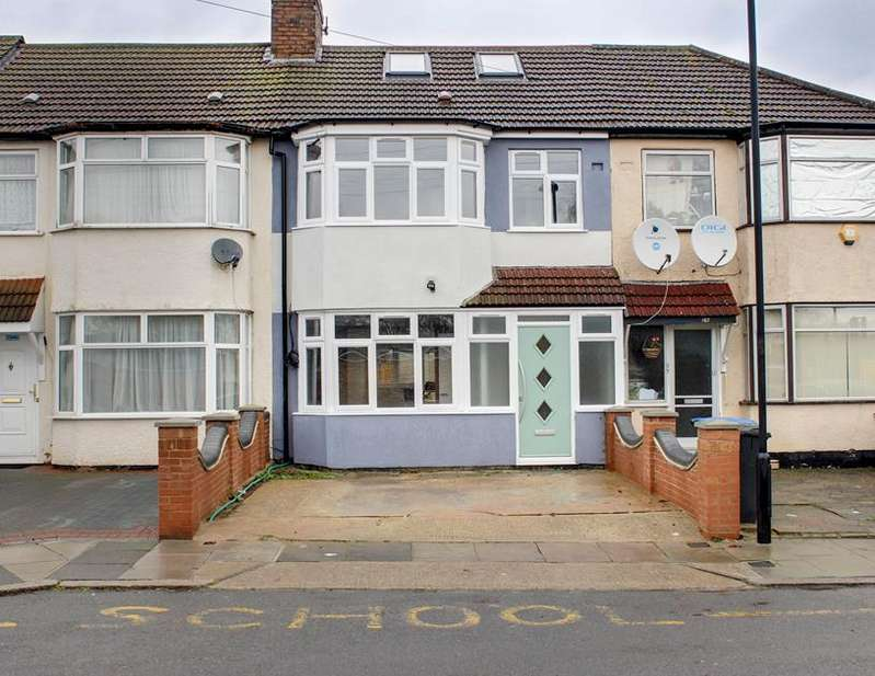 4 Bedrooms Property for sale in Rayleigh Road, Palmers Green, London, N13