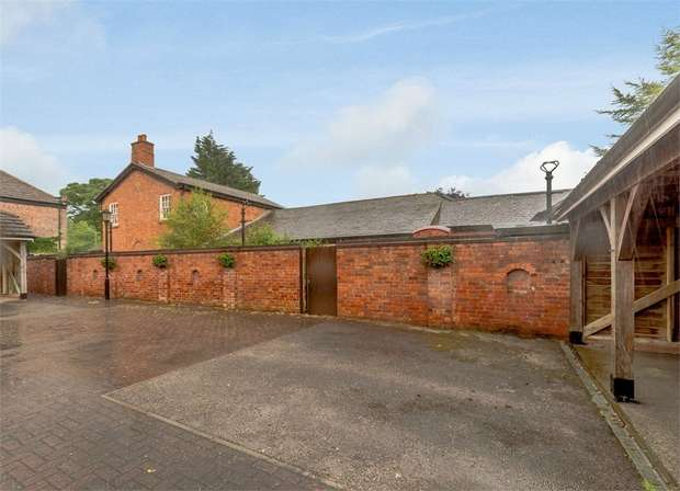 5 Bedrooms Detached House for sale in Carr Moss Lane, Halsall, Ormskirk, Lancashire