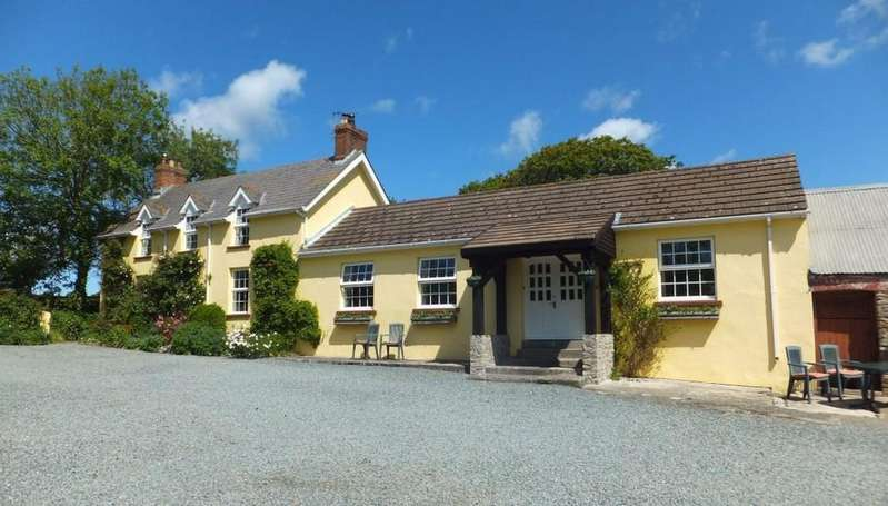 4 Bedrooms Farm House Character Property for sale in Dale Road, Walwyns Castle