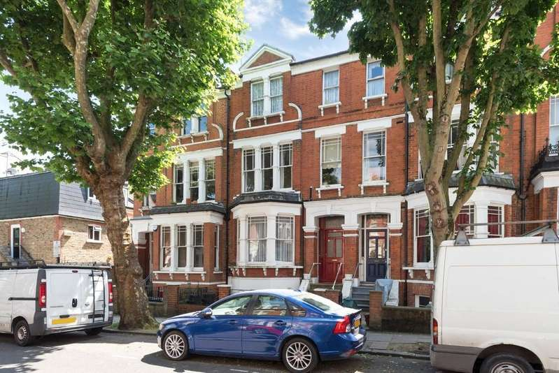 4 Bedrooms Terraced House for sale in Sotheby Road, N5 2UP