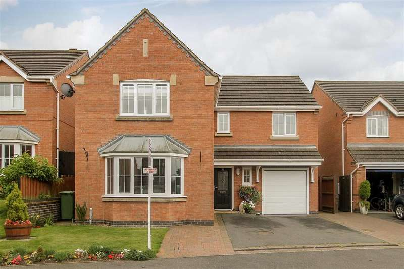 4 Bedrooms Detached House for sale in Seagrave Drive, Hasland, Chesterfield