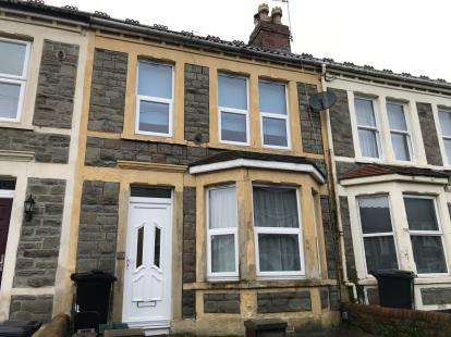 3 Bedrooms Terraced House for sale in Pendennis Park, Bristol, Somerset