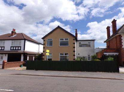 3 Bedrooms Detached House for sale in Highway Road, Thurmaston, Leicester, Leicestershire
