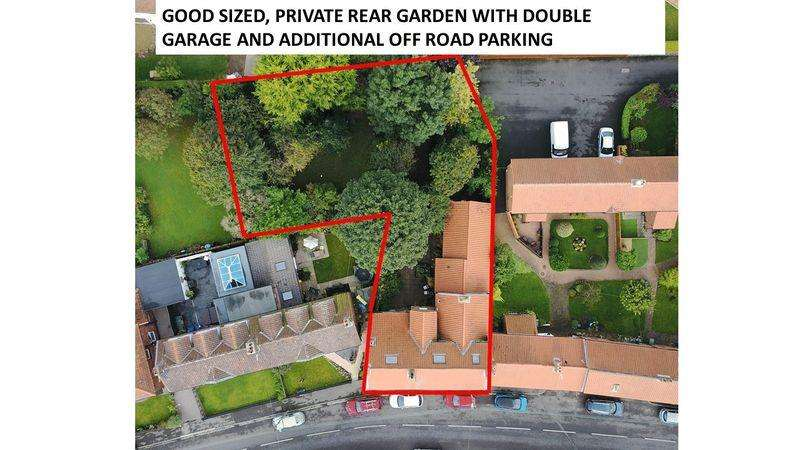 6 Bedrooms Semi Detached House for sale in Durham Road, Wolviston