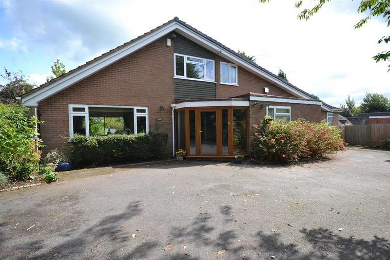 4 Bedrooms Detached Bungalow for sale in The Rise, Hopwood, Birmingham