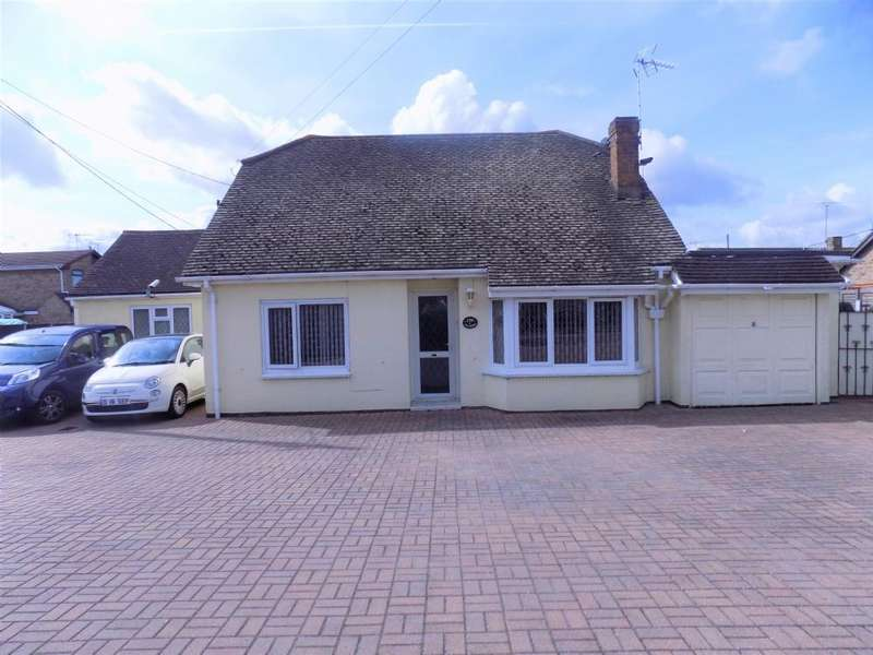 4 Bedrooms Detached House for sale in High Street