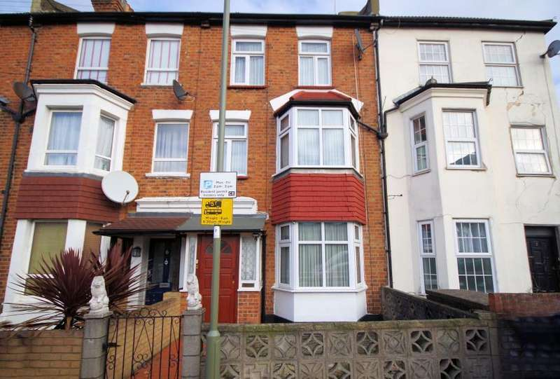 3 Bedrooms Terraced House for sale in GRUNEISEN ROAD, FINCHLEY, N3