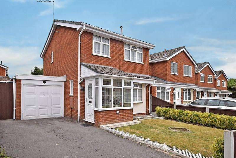 3 Bedrooms Detached House for sale in Chilington Avenue, Widnes
