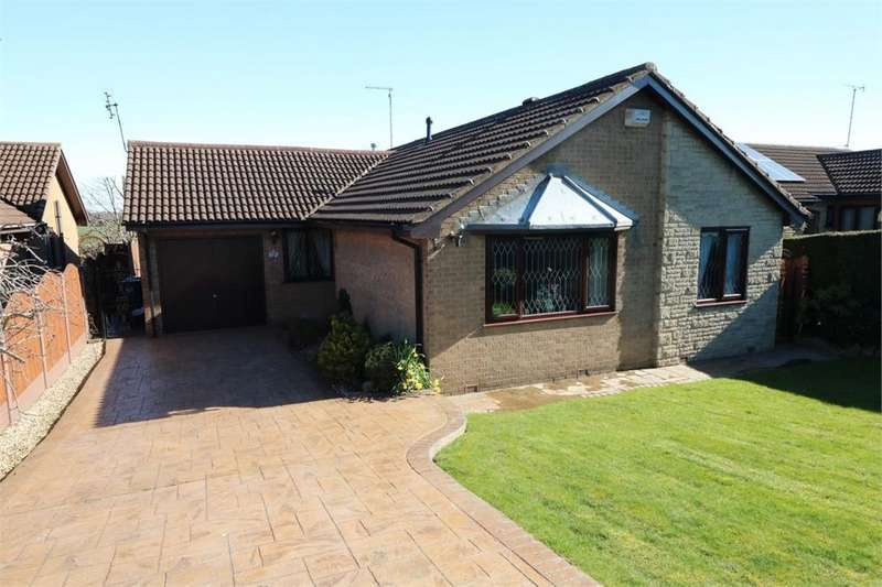 3 Bedrooms Detached Bungalow for sale in Back Lane, Thrybergh, Rotherham, South Yorkshire