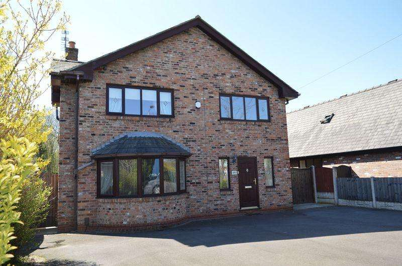 4 Bedrooms Detached House for sale in Ashton Road, Golborne, WA3 3UR