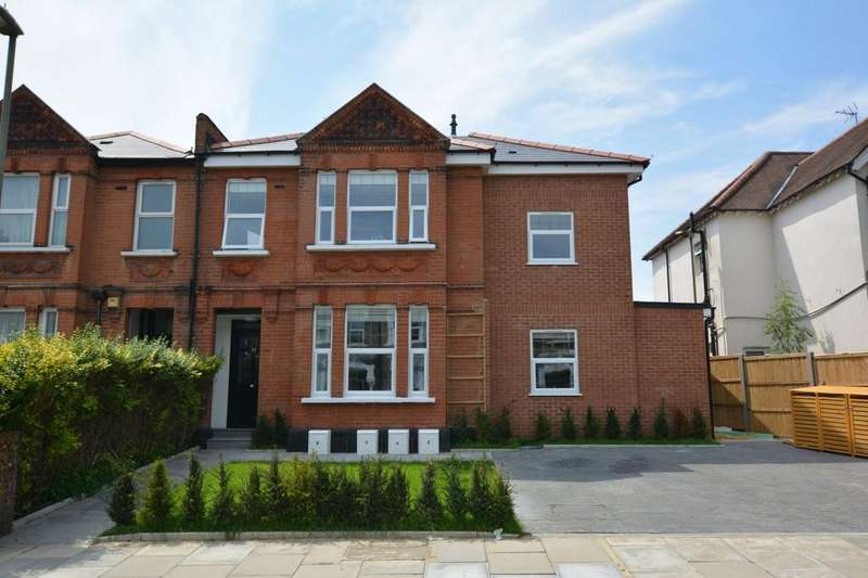 2 Bedrooms Apartment Flat for sale in Sunny Gardens Road, London