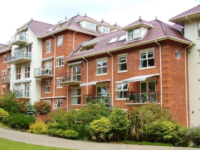 3 Bedrooms Apartment Flat for sale in Sheringham