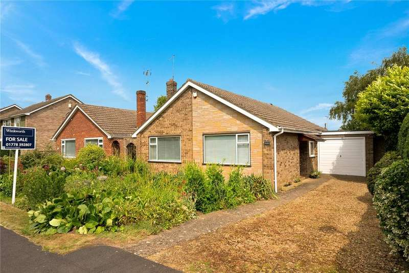 3 Bedrooms Detached Bungalow for sale in Beech Avenue, Bourne, PE10