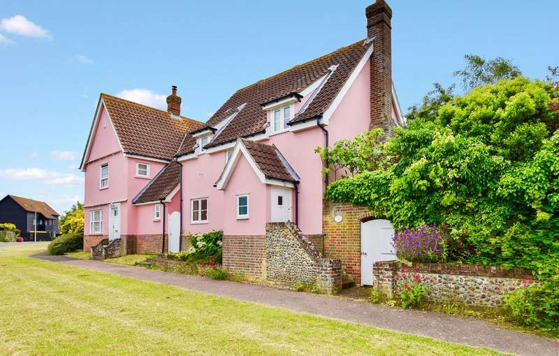 3 Bedrooms Detached House for sale in Church Farm Road, Aldeburgh