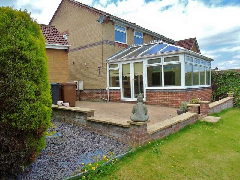 3 Bedrooms Semi Detached House for sale in Uplands Close, Crook