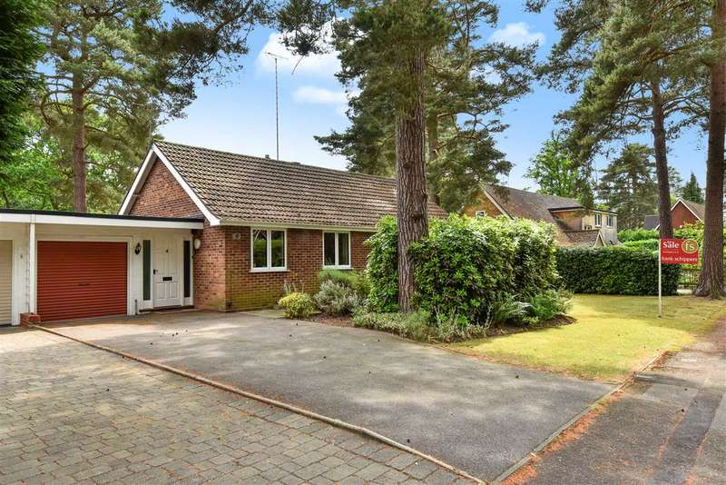 3 Bedrooms Detached Bungalow for sale in Heatherway, Edgcumbe Park, Crowthorne
