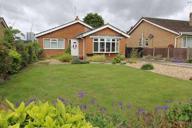 3 Bedrooms Property for sale in Oakfields, Saxilby LN1