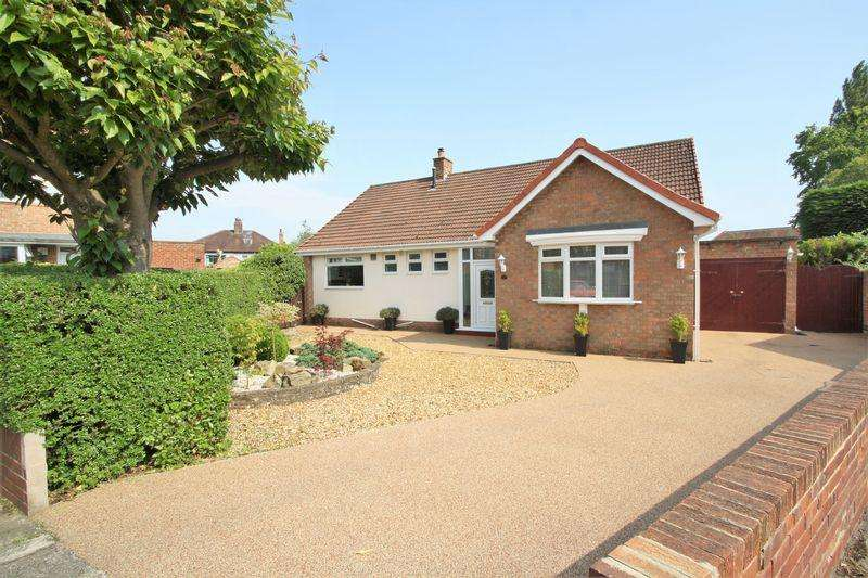 3 Bedrooms Detached Bungalow for sale in Brompton Grove, Hartburn, Stockton, TS18 5HF